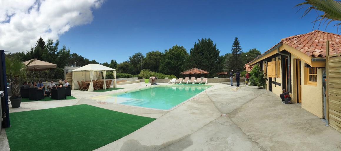 Gite Mimizan terrasse piscine